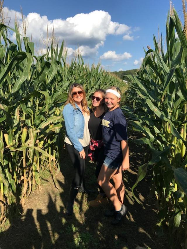 Emery's Farm- Fun In The Corn Maze